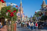 Holidays-at-the-Magic-Kingdom_Full_39492.jpg