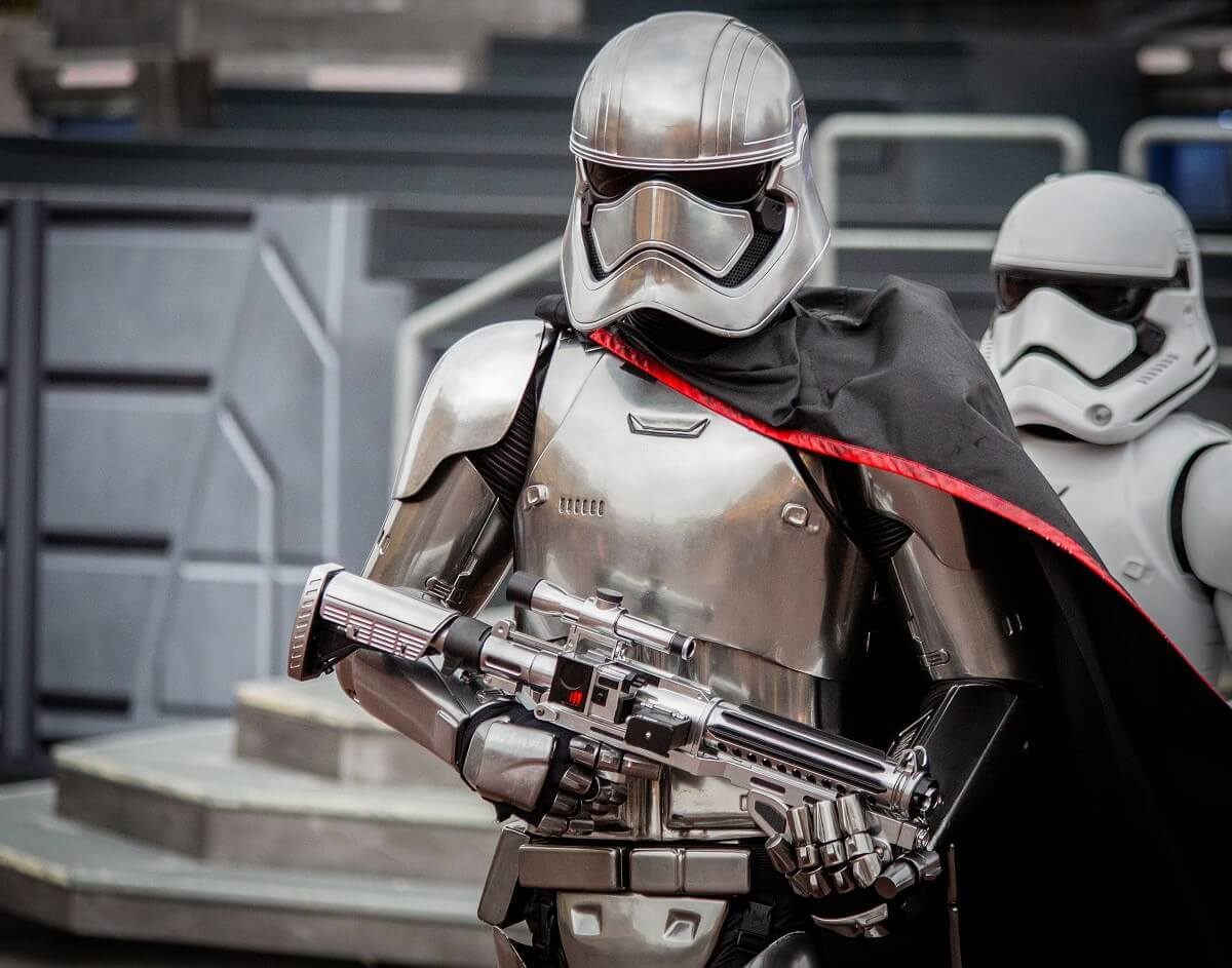 Star Wars Parade mit Captain Phasma und Stormtrooper in Disneyland Paris
